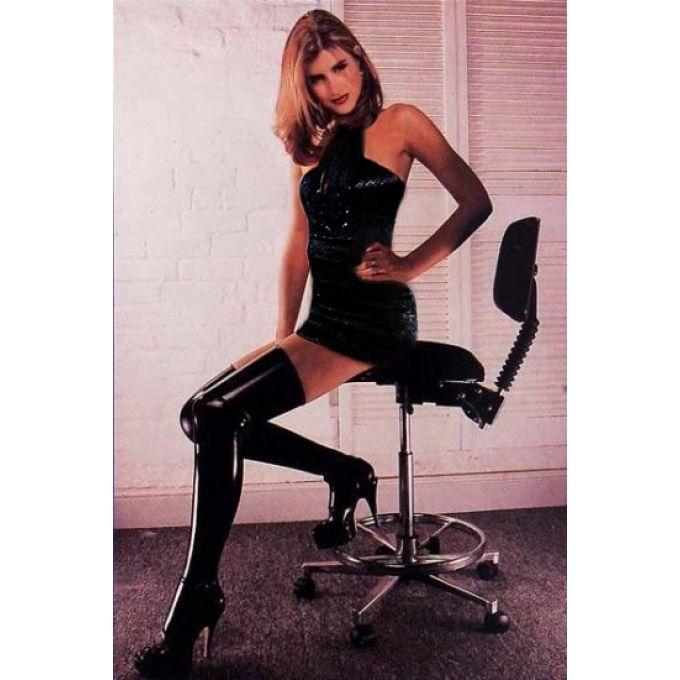 Девушка дрочит ногами (61 фото секс рабыни